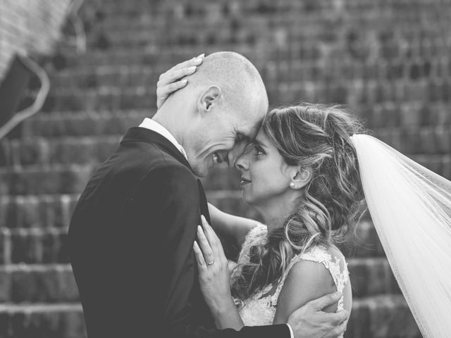 Il matrimonio di Fabio e Elena a San Clemente, Rimini 29
