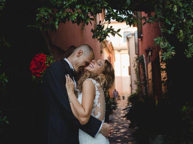 Il matrimonio di Fabio e Elena a San Clemente, Rimini 32
