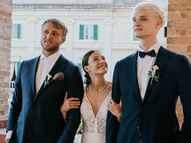 Il matrimonio di Francesco e Lisa a Cupra Marittima, Ascoli Piceno 31