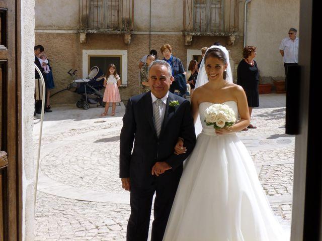 Il matrimonio di Luca e Elena a Civitella Messer Raimondo, Chieti 6