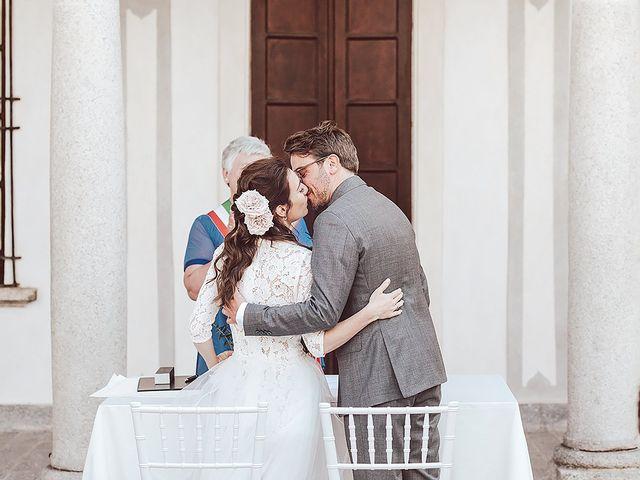 Il matrimonio di Julien e Laura a Pella, Novara 46