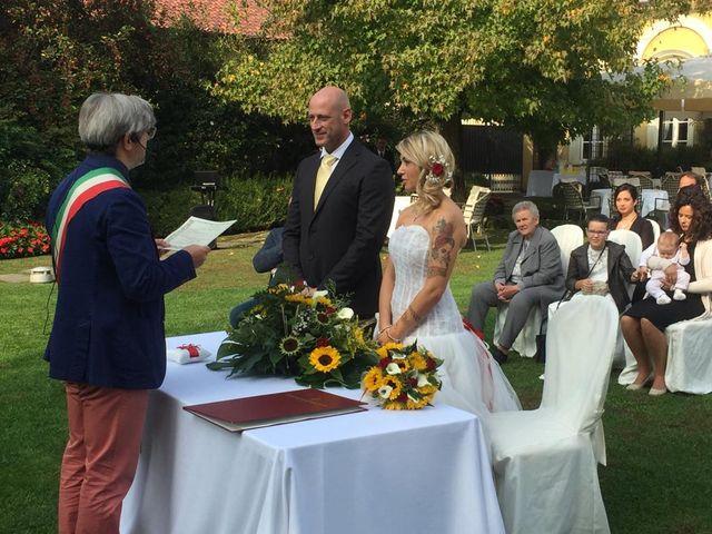Il matrimonio di Walter  e Sabrina  a Rovellasca, Como 6
