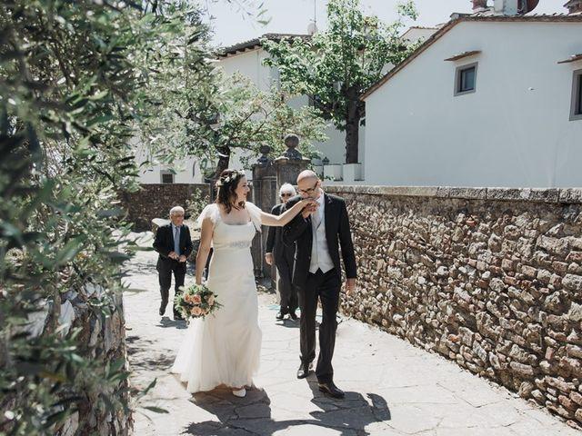 Il matrimonio di Massimo e Laura a Carmignano, Prato 4
