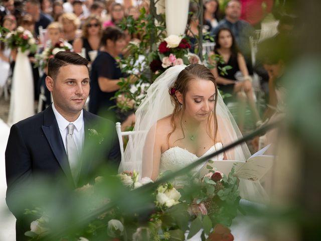 Il matrimonio di Mattia e Veronica a Monasterolo del Castello, Bergamo 28
