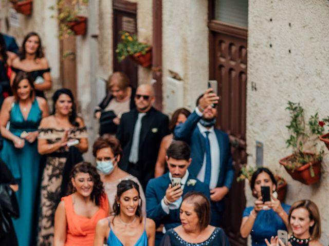 Il matrimonio di Valeria e Nello a Castel Campagnano, Caserta 28