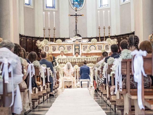 Il matrimonio di Julien e Clara a Ceglie Messapica, Brindisi 15