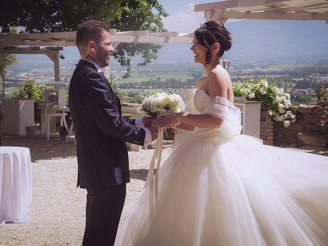 Il matrimonio di Damiano e Debora a Torgiano, Perugia 11