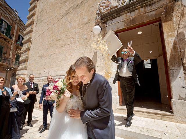 Il matrimonio di Erasmo e Tiziana a Triggiano, Bari 18