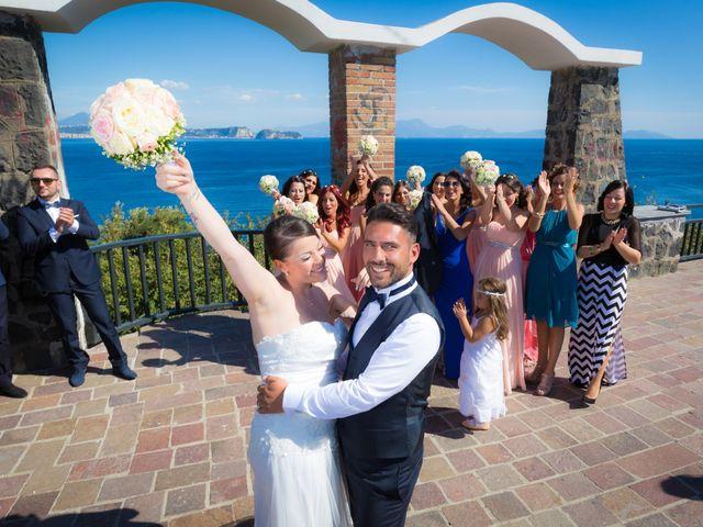 Il matrimonio di Antonio e Maria a Bacoli, Napoli 19