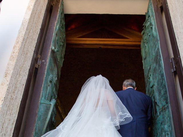 Il matrimonio di Sabatino e Sabrina a Crotone, Crotone 17