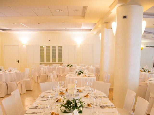 Il matrimonio di Sabatino e Sabrina a Crotone, Crotone 32