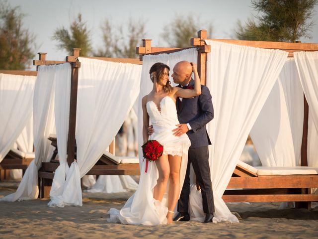 Il matrimonio di Luca e Mara a Fiumicino, Roma 16