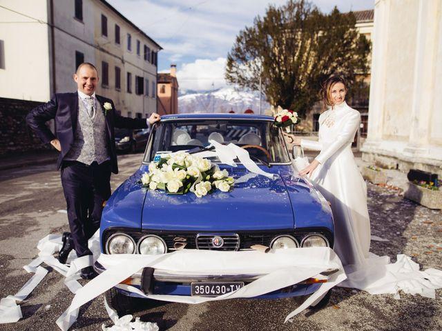 Il matrimonio di Dario e Elena a Crocetta del Montello, Treviso 13