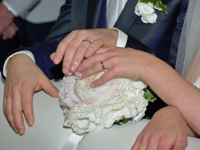 Il matrimonio di Roberto e Lorena a Solofra, Avellino 23
