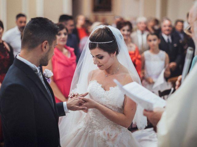 Il matrimonio di Mario e Lhea a Vasto, Chieti 34