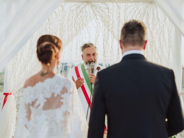 Il matrimonio di Cristiano e Diana a Viareggio, Lucca 16
