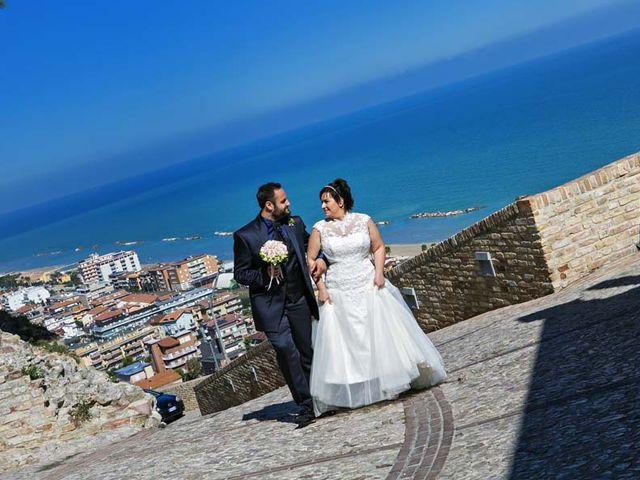 Il matrimonio di Emanuela e Catello a Cupra Marittima, Ascoli Piceno 9