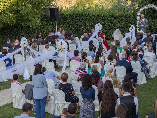 Il matrimonio di Vito e Eva a Mogliano, Macerata 5