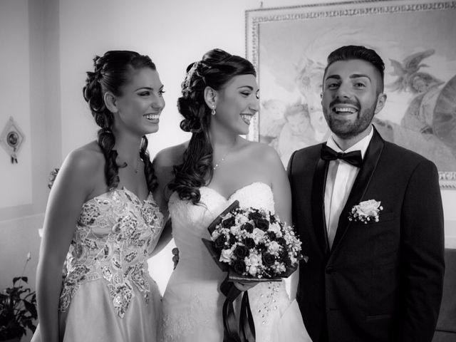 Il matrimonio di Lino e Jessica a Pozzuoli, Napoli 25