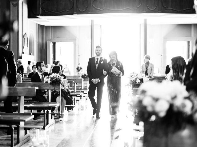 Il matrimonio di Gabriele e Elena a Villa Guardia, Como 35