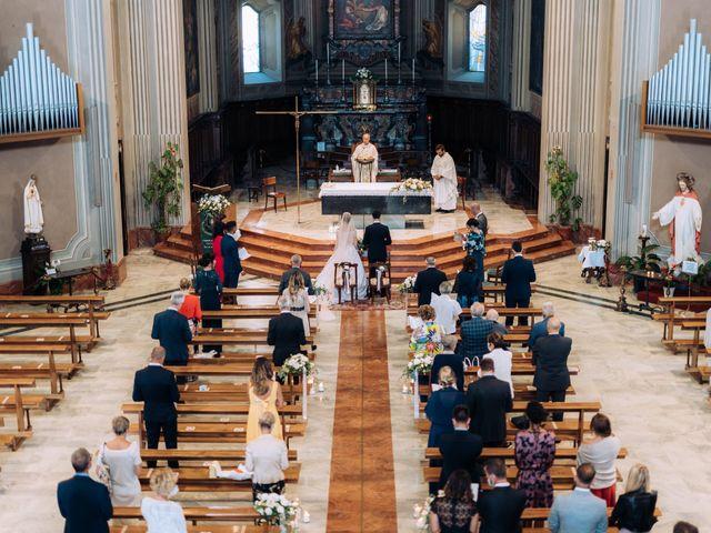 Il matrimonio di Gabriele e Elena a Villa Guardia, Como 45