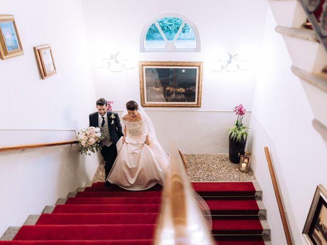 Il matrimonio di Gabriele e Elena a Villa Guardia, Como 83