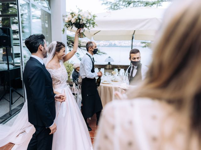 Il matrimonio di Gabriele e Elena a Villa Guardia, Como 88