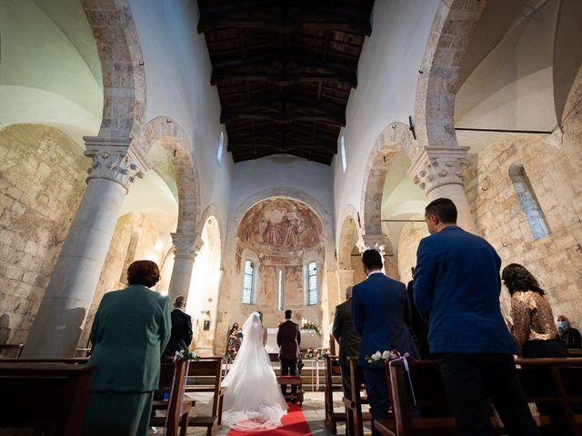 Il matrimonio di Andrea e Veronica a Pietrasanta, Lucca 28
