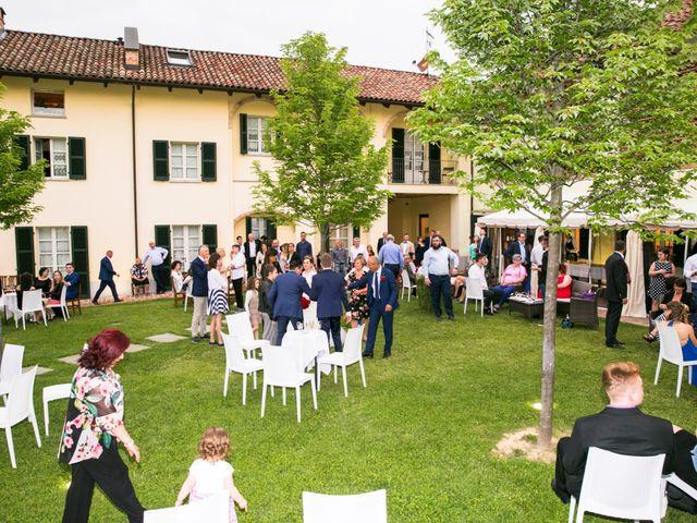 Il matrimonio di Andrea e Raluca a Costigliole d'Asti, Asti 12