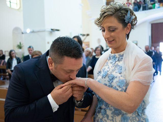 Il matrimonio di Mimmo e Elvira a Grumento Nova, Potenza 28