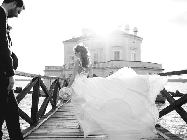Il matrimonio di Luigi e Nunzia a Bacoli, Napoli 15