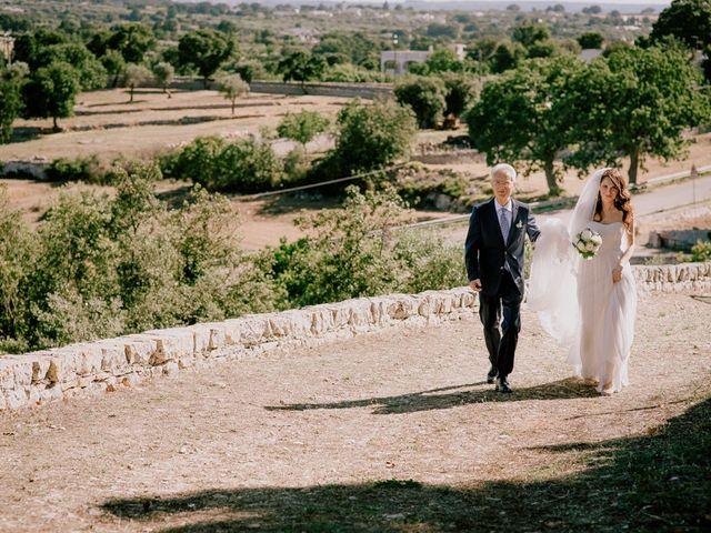 Il matrimonio di Emilio e Anita a Fasano, Brindisi 16