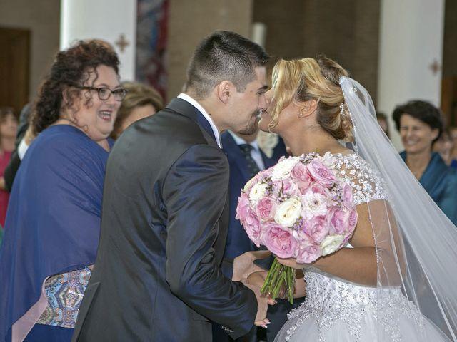 Il matrimonio di Alessandro e Michela a Grottammare, Ascoli Piceno 24