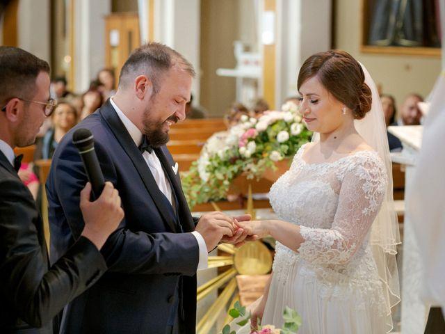 Il matrimonio di Marcello e Marianna a Valenzano, Bari 22