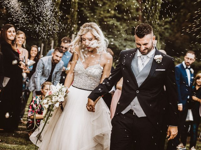 Il matrimonio di Marco e Veronica a Buti, Pisa 53