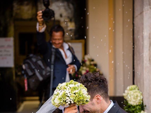Il matrimonio di Luca e Rossella a Caserta, Caserta 15