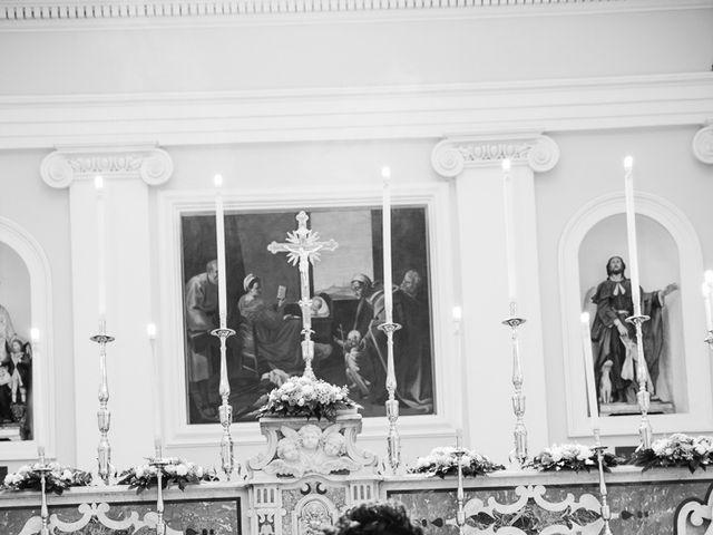 Il matrimonio di Luca e Rossella a Caserta, Caserta 17
