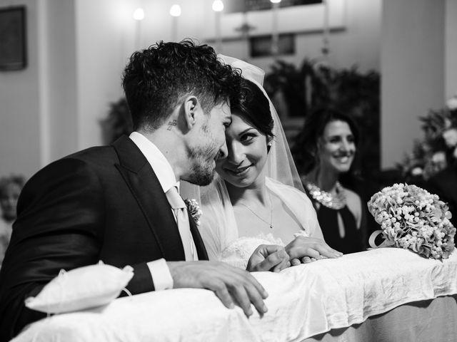 Il matrimonio di Luca e Rossella a Caserta, Caserta 21