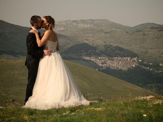 Il matrimonio di Paolo e Stefania a Loreto Aprutino, Pescara 9