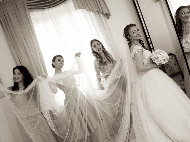 Il matrimonio di Paolo e Stefania a Loreto Aprutino, Pescara 14