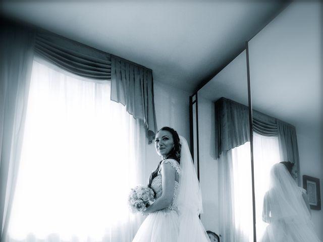 Il matrimonio di Paolo e Stefania a Loreto Aprutino, Pescara 15