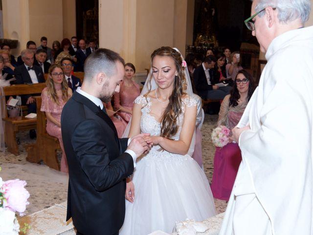 Il matrimonio di Paolo e Stefania a Loreto Aprutino, Pescara 19