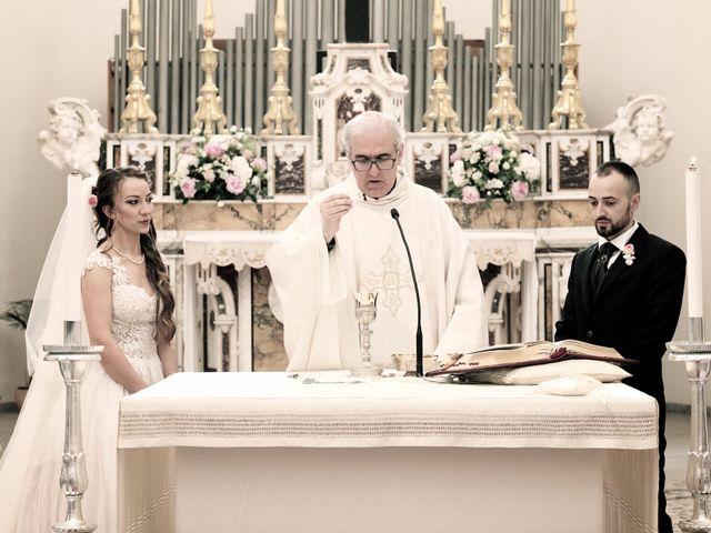 Il matrimonio di Paolo e Stefania a Loreto Aprutino, Pescara 21