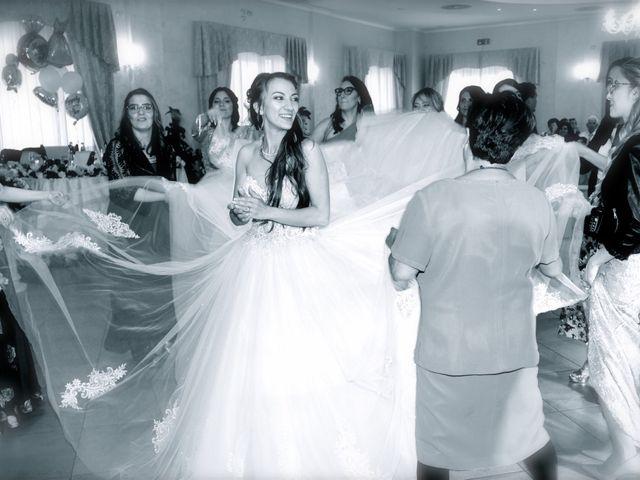 Il matrimonio di Paolo e Stefania a Loreto Aprutino, Pescara 26