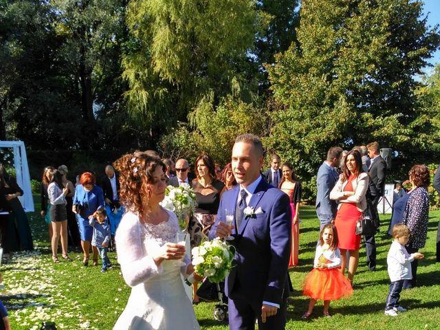 Il matrimonio di Walter e Giusy a Monvalle, Varese 4