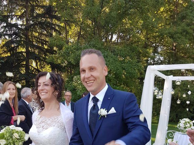 Il matrimonio di Walter e Giusy a Monvalle, Varese 14