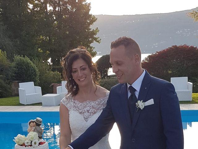 Il matrimonio di Walter e Giusy a Monvalle, Varese 20