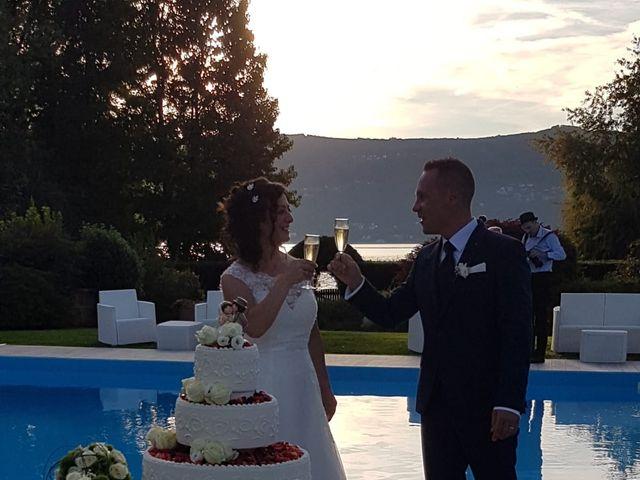 Il matrimonio di Walter e Giusy a Monvalle, Varese 21