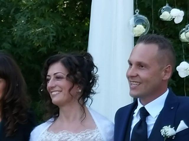 Il matrimonio di Walter e Giusy a Monvalle, Varese 23