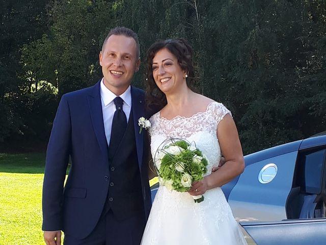 Il matrimonio di Walter e Giusy a Monvalle, Varese 24